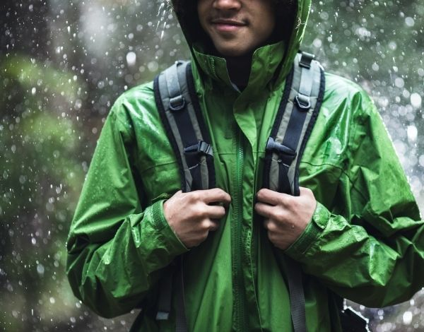 Best Type Of Jacket for Hiking in the Raining